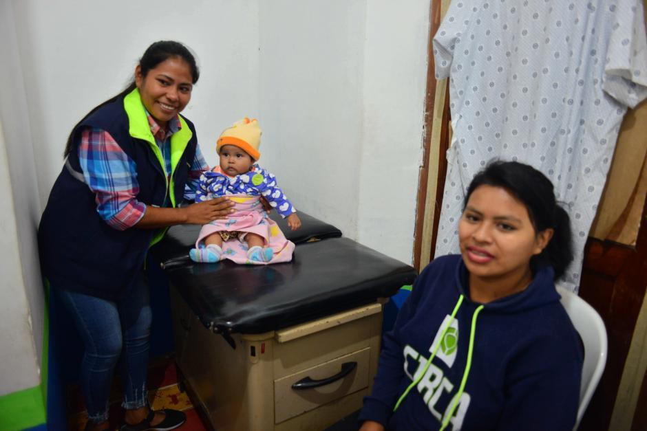 Álvarez desempeñará el cargo de enfermera auxiliar en la clínica municipal de Mixco. (Foto: Jesús Alfonso/Soy502)