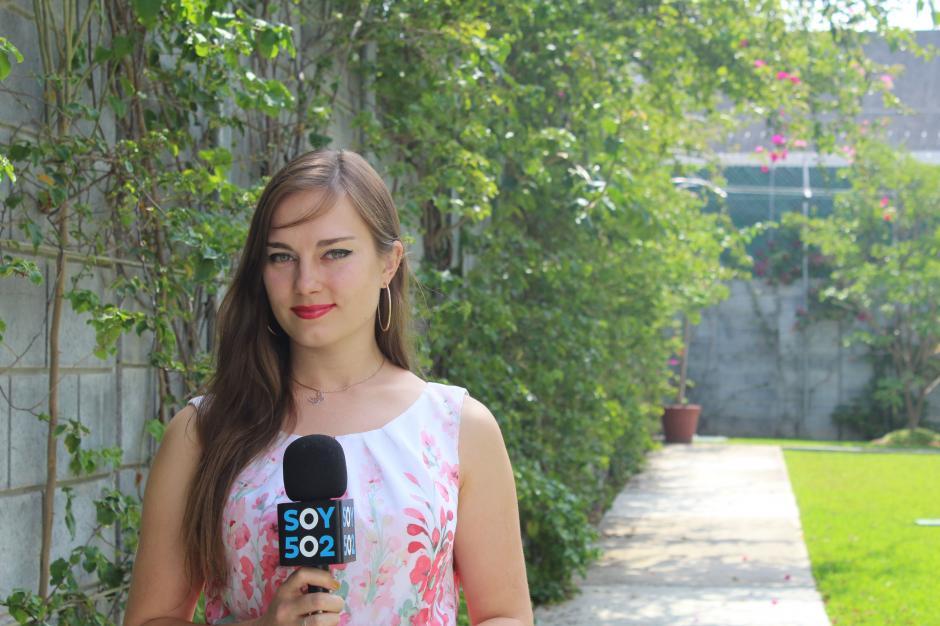 La joven tiene un canal de YouTube donde comparte sus experiencias en Guatemala. (Foto: Valeria Barillas)