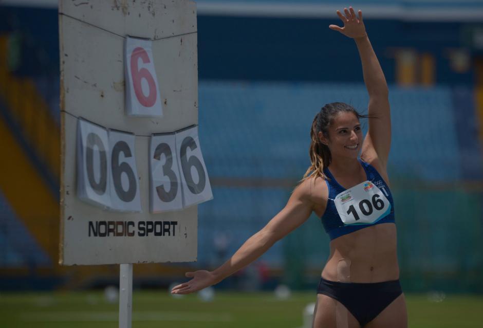 Thelma Fuentes impuso una nueva marca nacional para el salto de longitud femenino. (Foto: Wilder López)