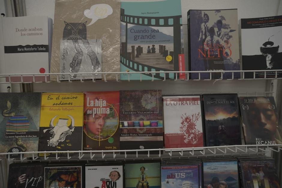 Desde títulos para guión y producción hasta películas guatemaltecas solo en AGACINE.  (Foto: Wilder López/Soy502)