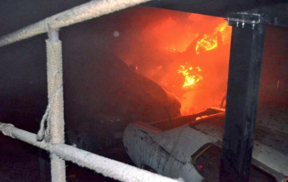 Un incendio ocurrió en la zona 13. (Foto: Bomberos Voluntarios)