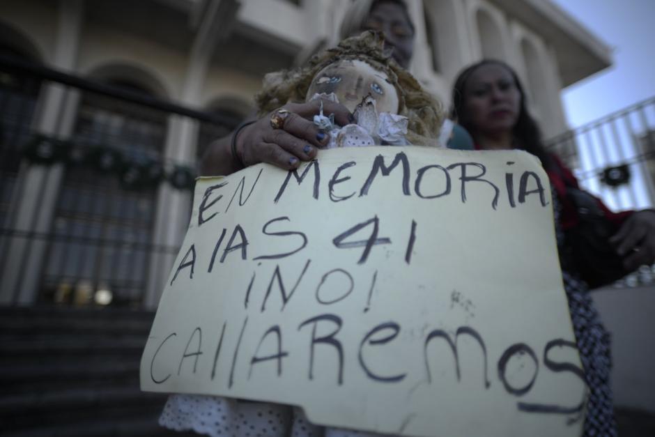 Hace un año, 41 niñas perdieron la vida en el incendio. (Foto: Wilder López/Soy502)