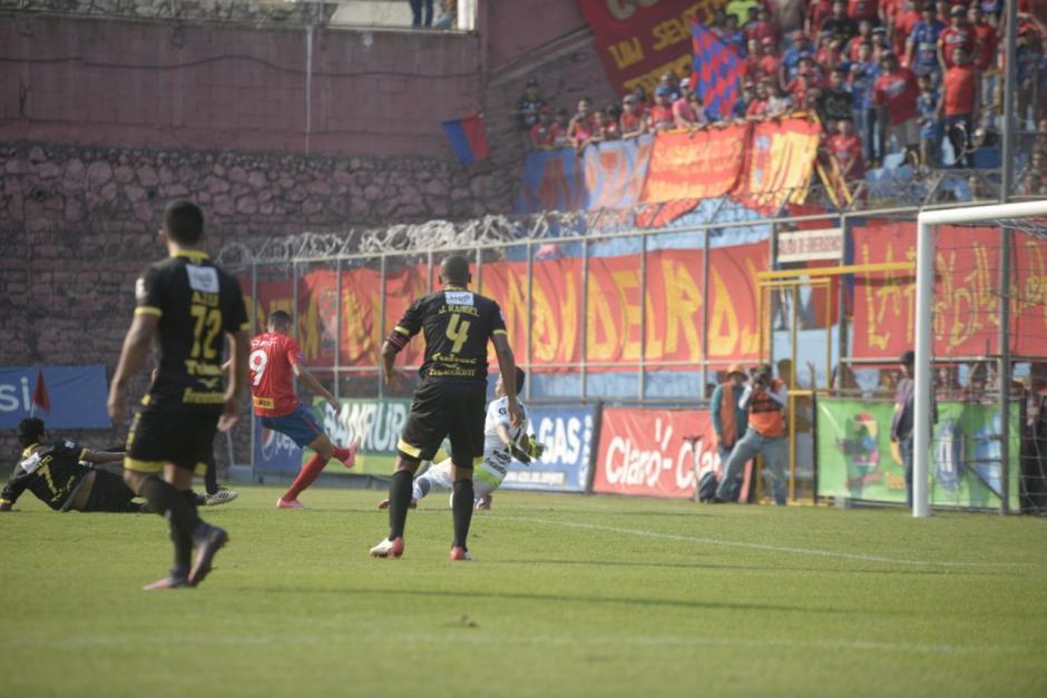 José Martínez marcó otro de los tantos. (Foto: Wilder López/Soy502)