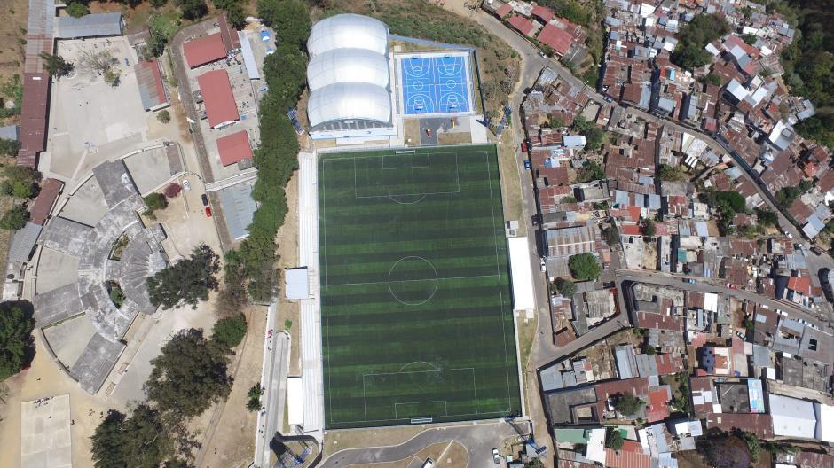 La Municipalidad de Mixco se haría cargo del mantenimiento del complejo deportivo. (Foto: Wilder López/Soy502)