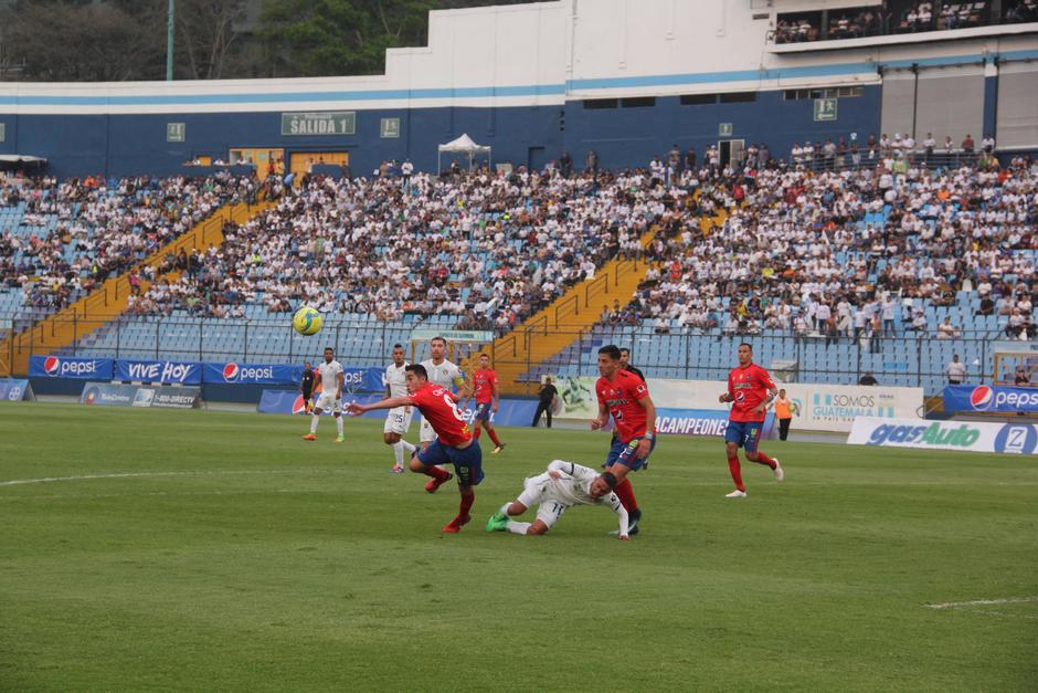 Municipal anotó el único gol del partido y se llevó el triunfo. (Foto: Fredy Hernández/Soy502)