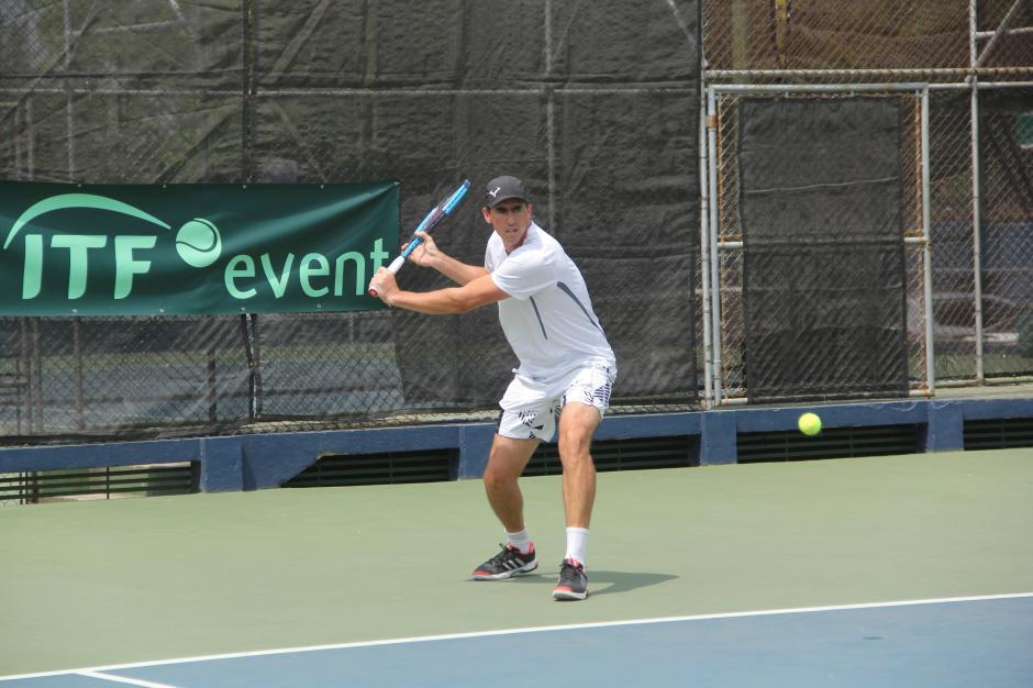 Emanuel Sinnott ganó en la categoría Mayor en este evento deportivo. (Foto: Fredy Hernández/Soy502)