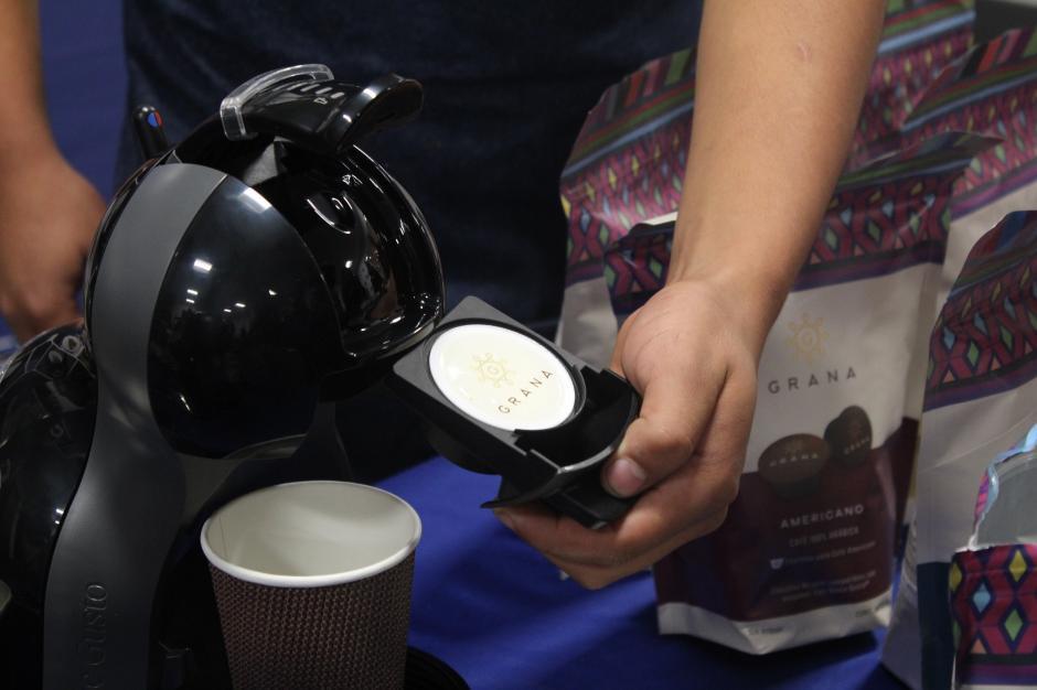 Con una máquina especializada podrás disfrutar de una buena taza de café en un minuto. (Foto: Valeria Barillas/Soy502)