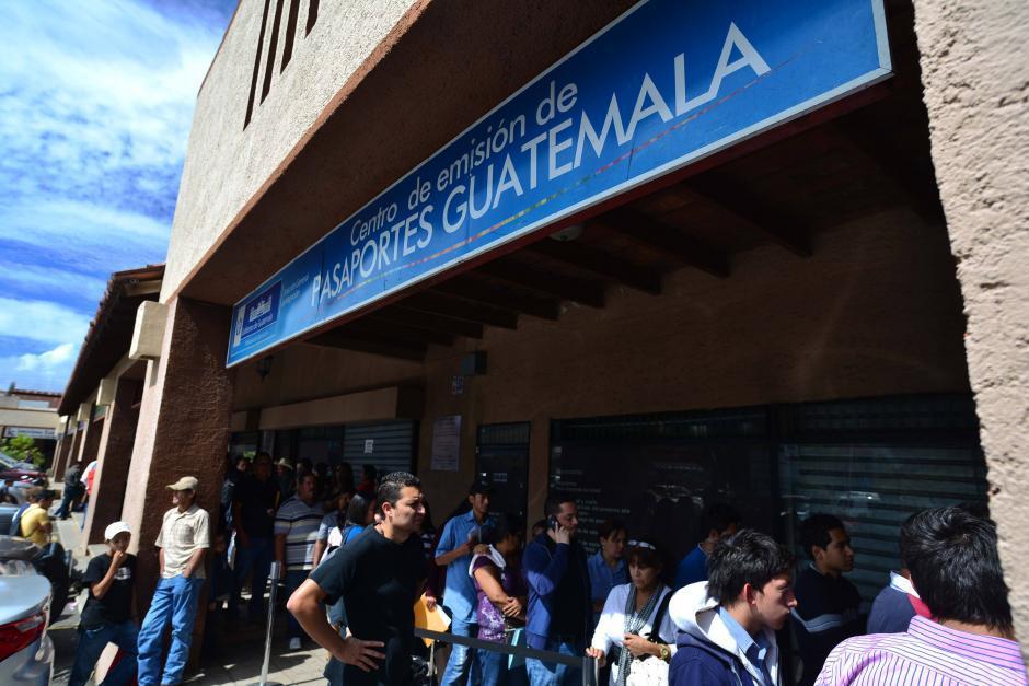 Las oficinas de migración permanecerán cerradas este viernes. (Foto: Archivo/Soy502)