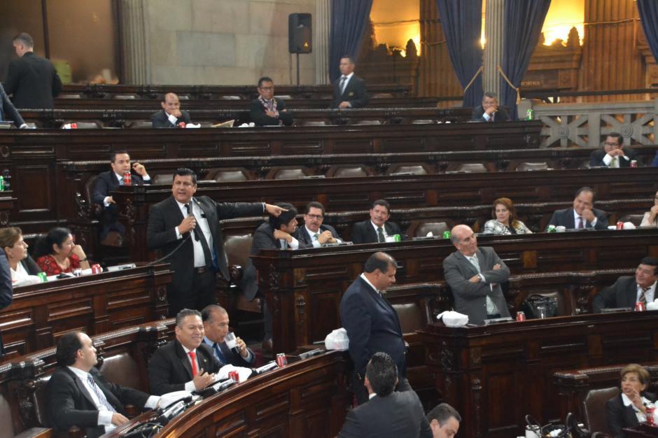 La reforma electoral tuvo escasos avances, la sesión se centró en la discusión entre tres diputados. (Foto: cortesía José Castro)