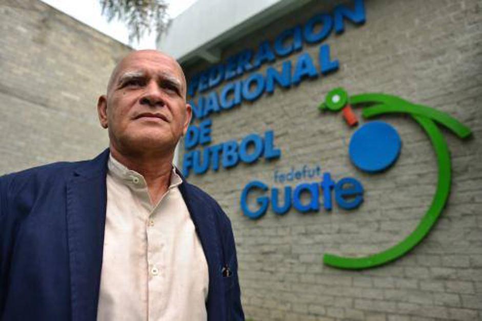 El entrenador de la Selección de Guatemala señaló que los jugadores sufrieron por el cambio de horario y por eso el rendimiento contra Israel fue inferior. (Foto: Archivo/Soy502)