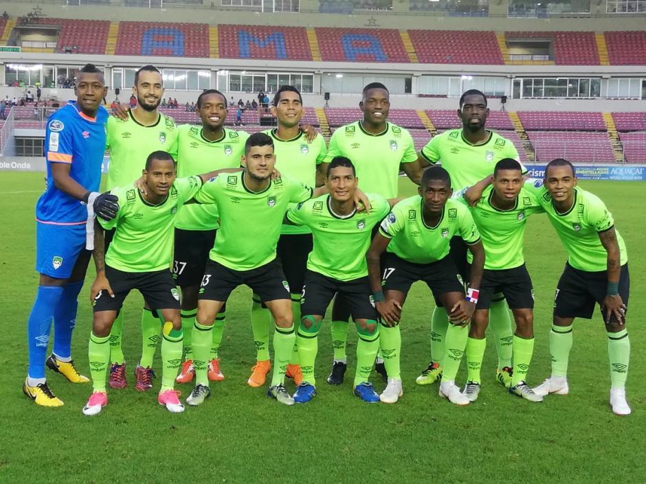 Costa del Este equipo de los amores de Jorge Serrano Elías y su familia en Panamá. (Foto: Telemetro)