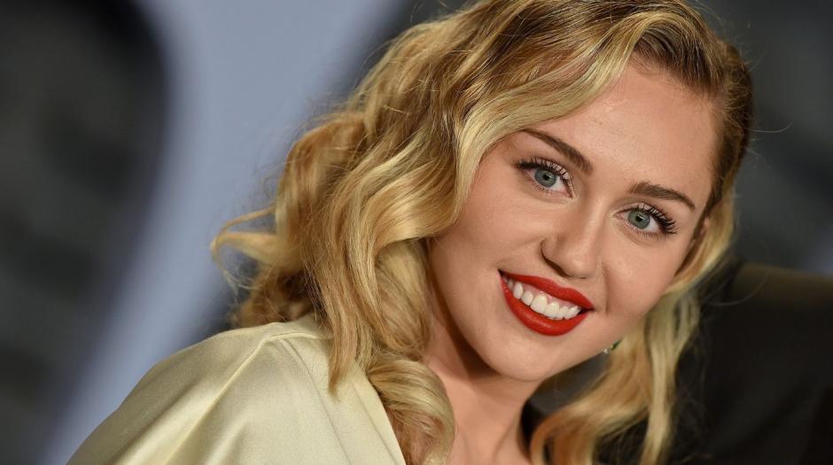 Miley Cyrus reapareció en Instagram para promocionar su nuevo material