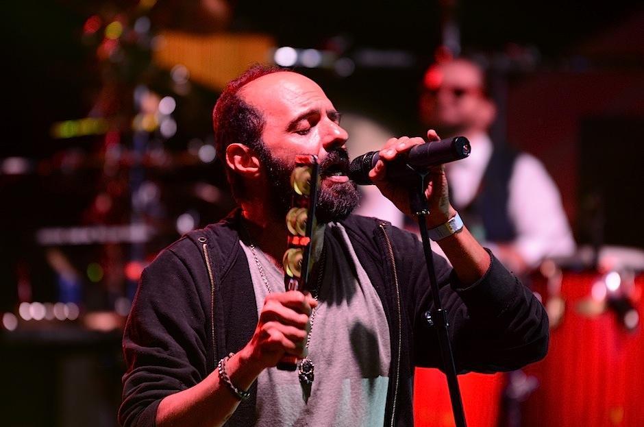 Giovanni Pinzón se entregó al público.  (Foto: Selene Mejía/Soy502)