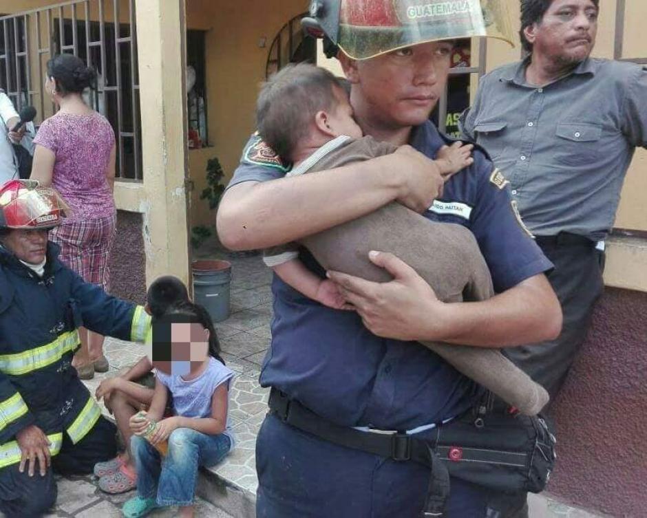 Los menores fueron trasladados al Centro de Salud de la localidad. (Foto: CBMD)