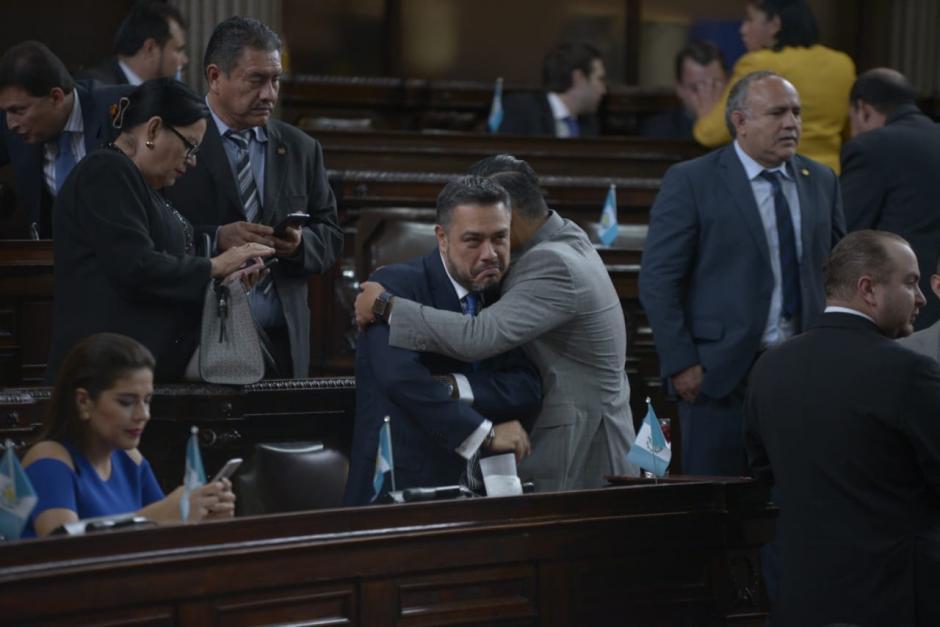El TSE considera que el diputado Javier Hernández hace campaña anticipada en redes sociales. (Foto: archivo/Soy502)