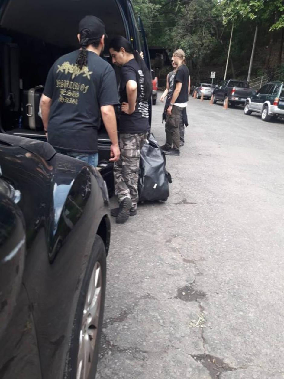 La banda sueca se regresó a El Salvador ante la prohibición de Guatemala. (Foto: Black Moon Shows/Facebook)