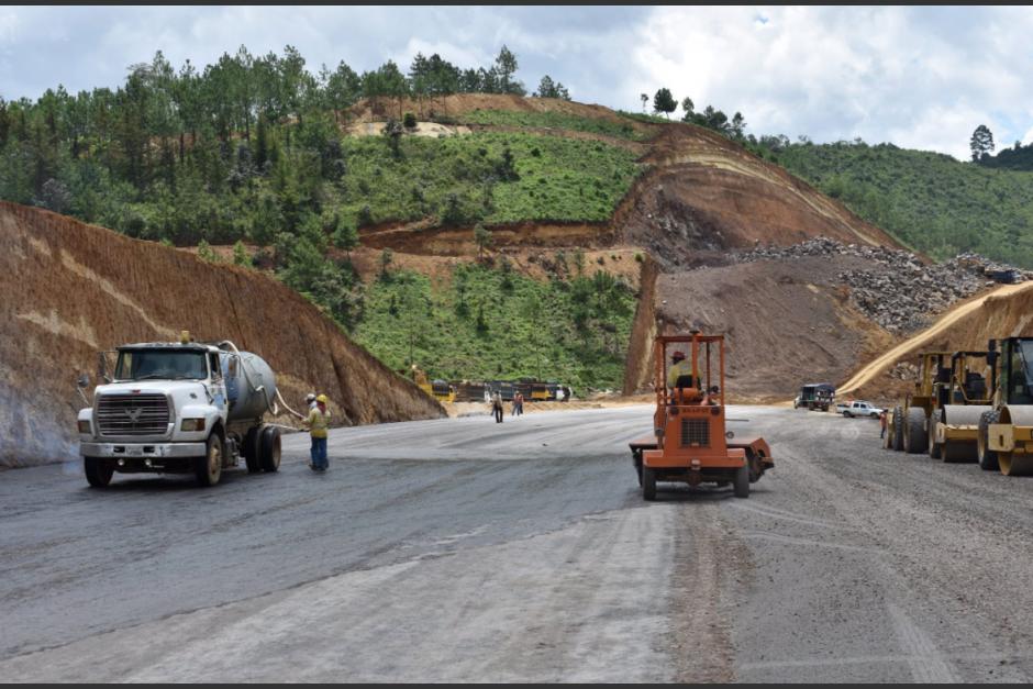 La carretera cuenta con 14 kilómetros que evitarán el paso por Chimaltenango. (Foto: Archivo/Soy502)