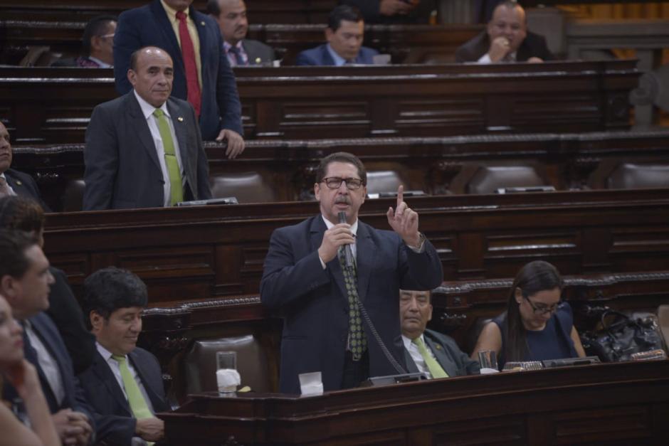 El diputado Santiago Nájera votó en contra de lo que hizo en la pesquisidora. (Foto: Wilder López/Soy502)