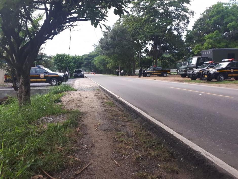 La Policía Nacional Civil (PNC) y los militares buscan a hondureños. (Foto: Aroldo León/Facebook)