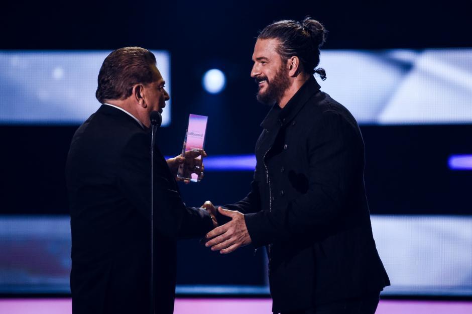 Ricardo Arjona podría ganar un premio en los Latin American Music Awards. (Foto: AFP)