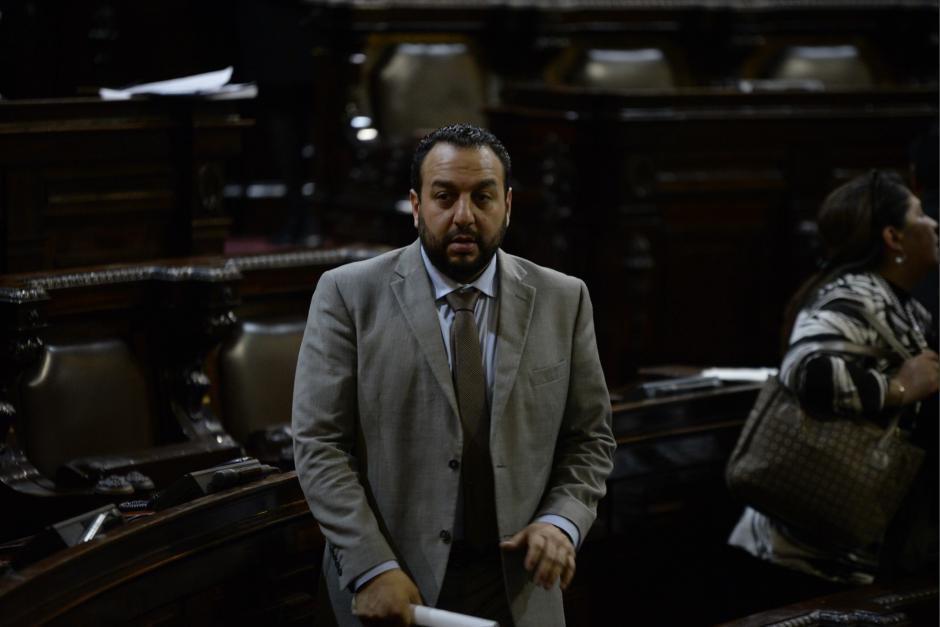 Jaime Regalado es actualmente embajador de Guatemala en Nicaragua, una finca que está a su nombre en Petén fue allanada y se decomisó un arsenal de armas. (Foto: archivo/Soy502)