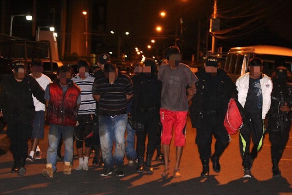 En total fueron capturadas nueve personas. (Foto: PNC)