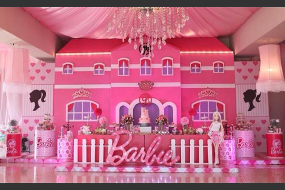 Al 'estilo' Barbie Hijas de 'El Chapo' festejan su cumpleaños