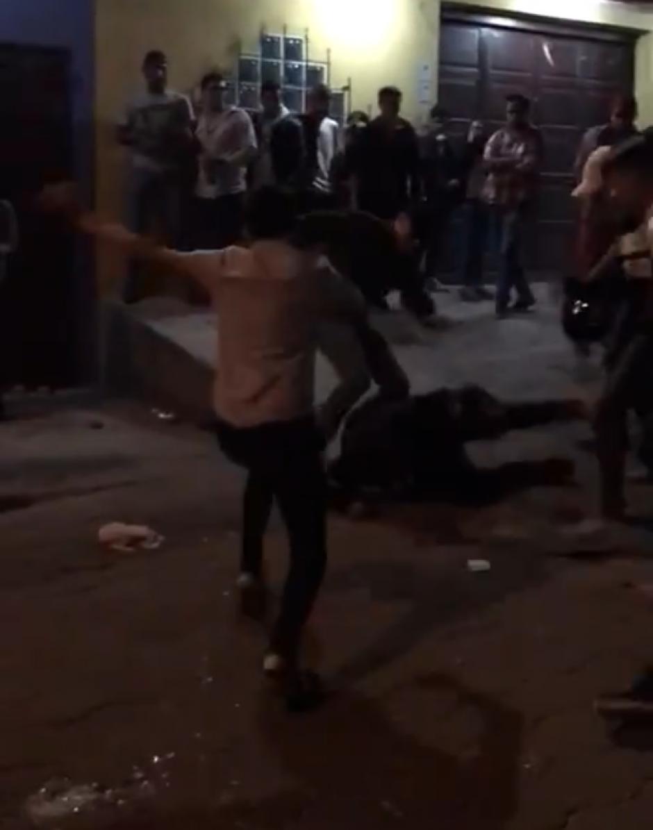 La pelea ocurrió la noche de este sábado. (Foto: captura de pantalla)
