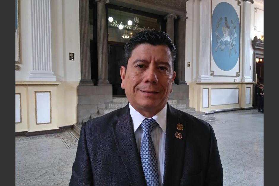 El diputado Juan Ramón Lau salió en defensa de su hijo capturado con un arma de fuego con reporte de robo. (Foto: archivo/Soy502)