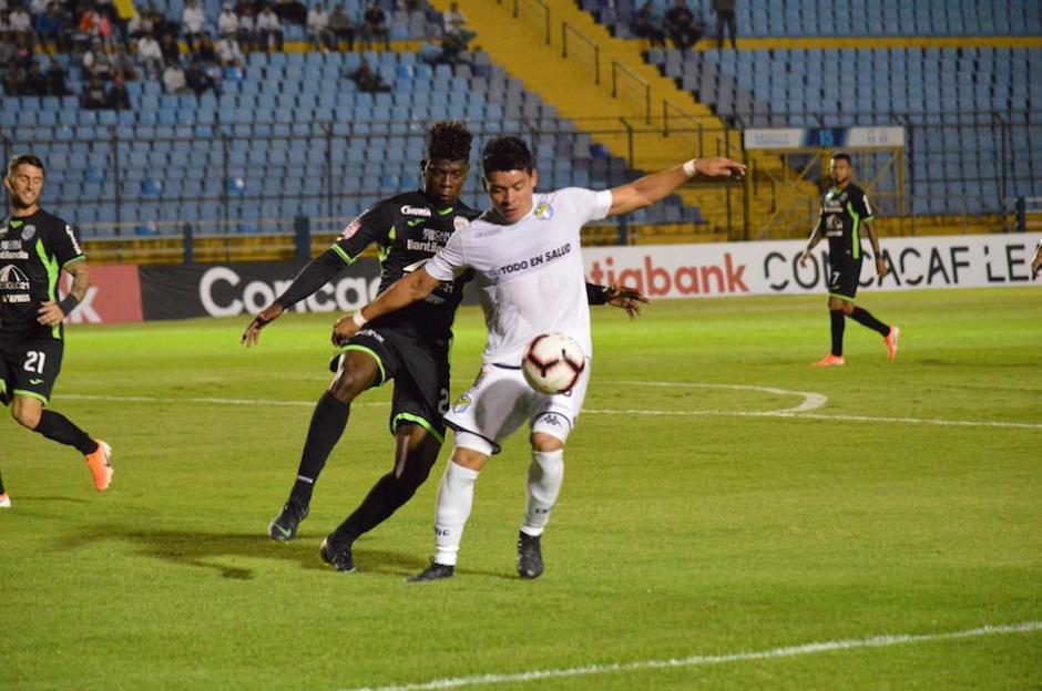 Comunicaciones enfrentó a Marathón, de Honduras, en el estadio Nacional. (Foto: Rudy Martínez/Soy502)