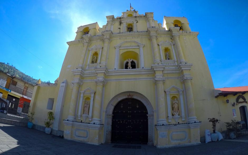 El templo católico es otro de los sitios icónicos de San Antonio Aguas Calientes. (Foto: Fredy Hernández/Soy502)