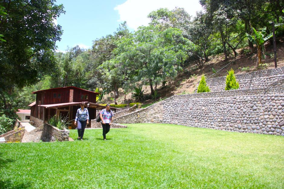 Cuenta con un área verde para eventos masivos para cualquier tipo de celebraciones. (Foto: Fredy Hernández/Soy502)
