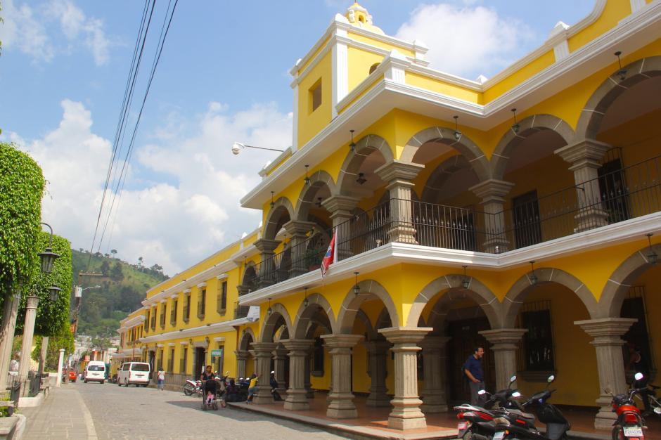 En la plaza central del municipio se encuentra la Municipalidad, su iglesia católica y el mercado de artesanías. (Foto: Fredy Hernández/Soy502)