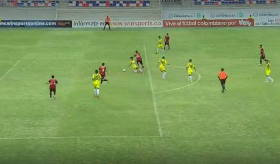 El golazo como el de Messi o Maradona que maravilla en Colombia