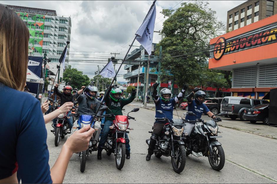 La caravana Platina realizada por Grupo UMA se vivió con mucha adrenalina. (Foto: Melissa Menéndez/Soy502)