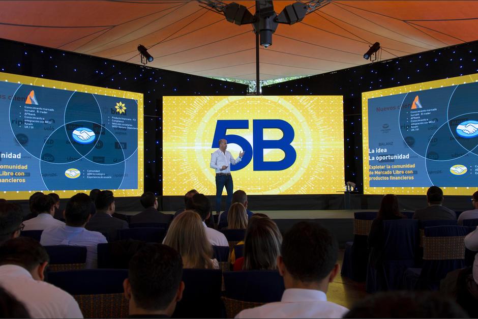 5B realiza el foro cada año, con expertos y líderes en temas financieros. (Foto: George Rojas/Soy502)