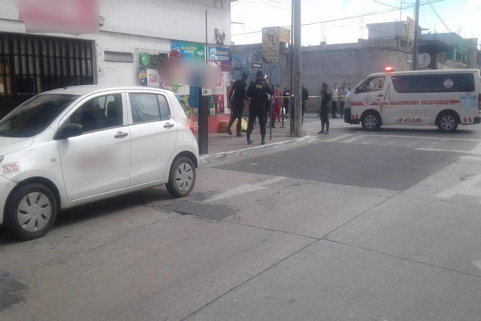 Los socorristas, además, reportaron otro ataque armado contra un taxista en zona 17 (Foto: RBCNoticias)