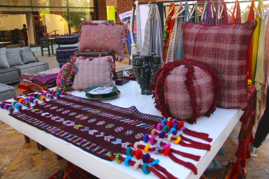 El Palomar es una empresa que utiliza la técnica de tejido en telar para crear sus productos. (Foto: Fredy Hernández/Soy502)