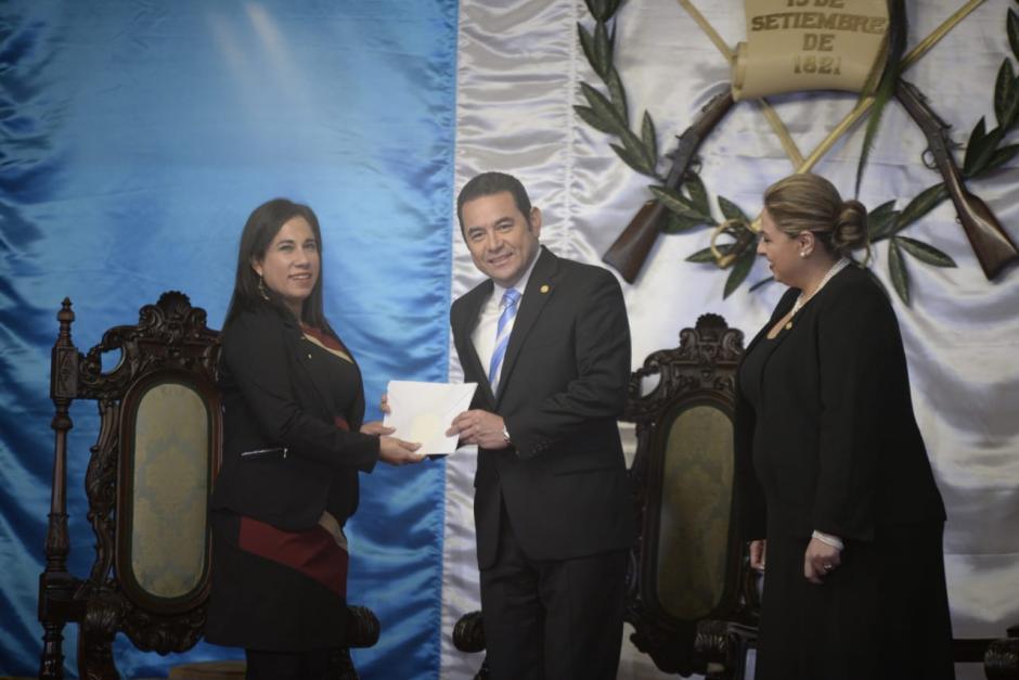 Lylliam del Carmen Méndez Torres presentó las cartas que la acreditan como embajadora de Nicaragua en el país. (Foto: Wilder López/Soy502)