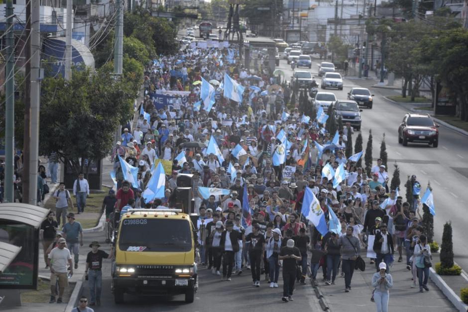 La marcha partió desde El Obelisco en la zona 10. (Foto: Wilder López/Soy502)
