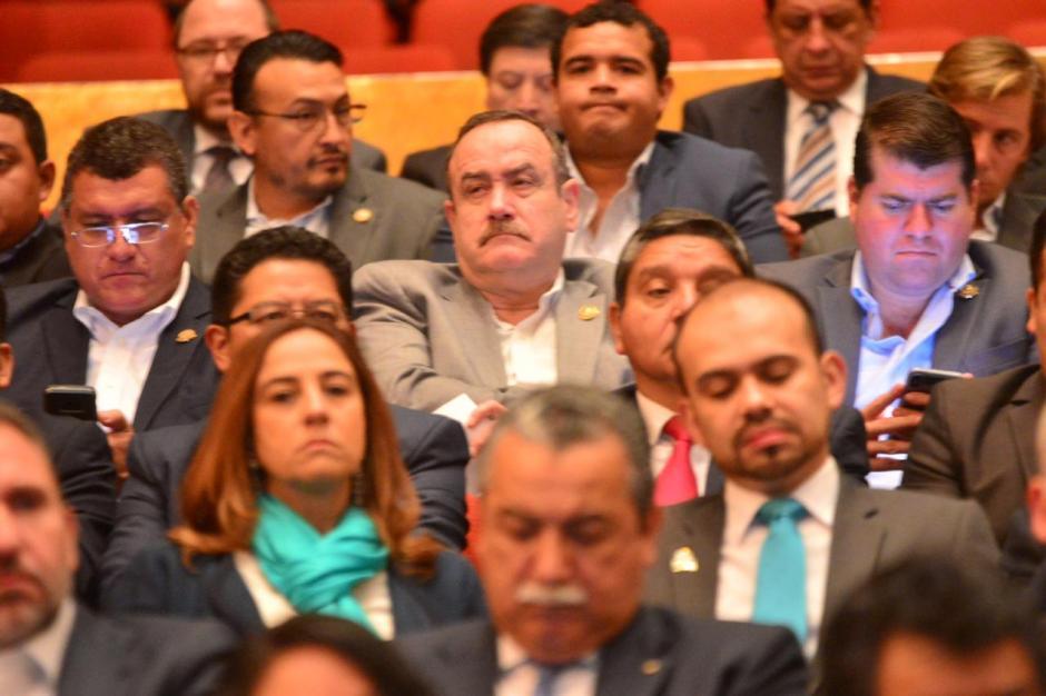 Entre los asistentes se encontraba Alejandro Giammattei, precandidato del partido Vamos. (Foto: Jesús Alfonso/Soy502)