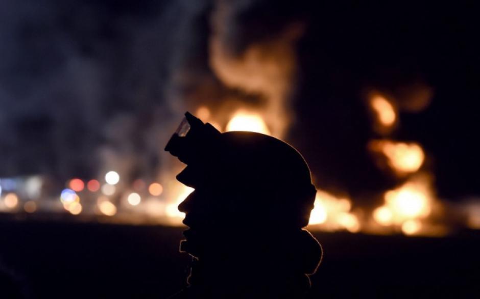 Al caer la noche se produjo una explosión que dejó un saldo terrible de 66 muertos. (Foto: AFP)