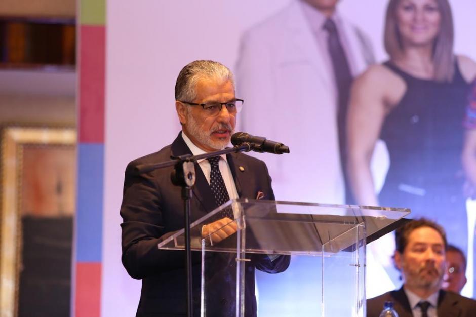 El licenciado Carlos Contreras, presidente de la Junta Directiva del IGSS, explicó en qué consiste el modelo integral de prevención. (Foto: cortesía IGSS)