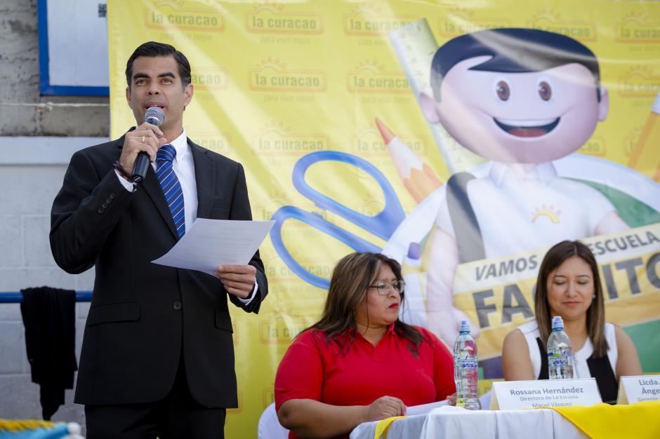 Juan José Girón, gerente general de Unicomer, se mostró satisfecho por la donación. (Foto: George Rojas/Soy502)