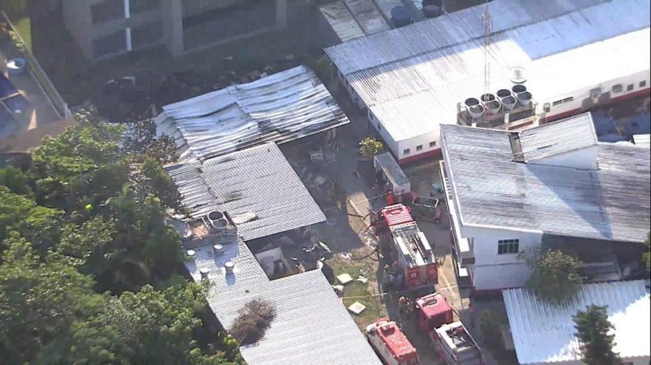 El incendio fue controlado por los bomberos de la localidad. (Foto: captura pantalla)