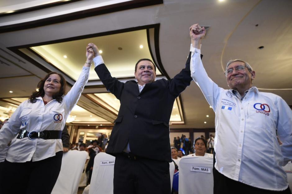Luis Velásquez y Manuel Arturo Soto son proclamados candidatos por el partido Unidos. (Foto: Wilder López/Soy502)