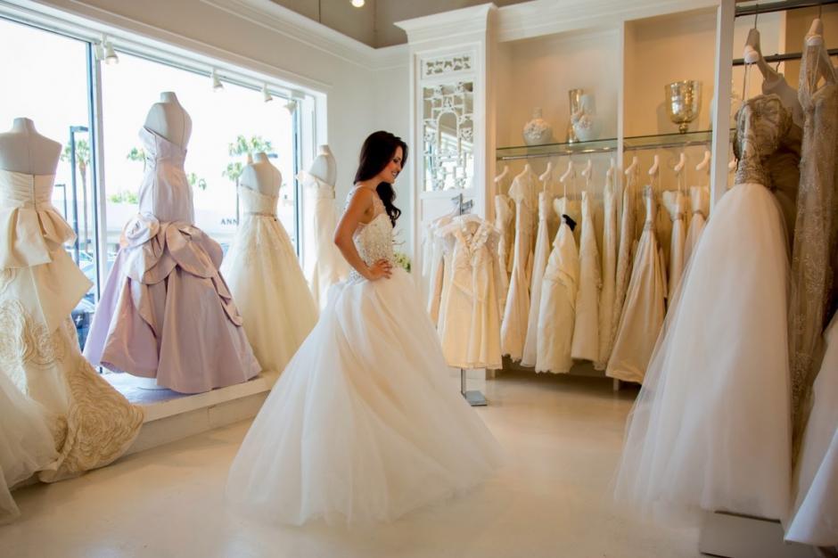 mujer vende su vestido de novia en facebook para pagar divorcio | soy502