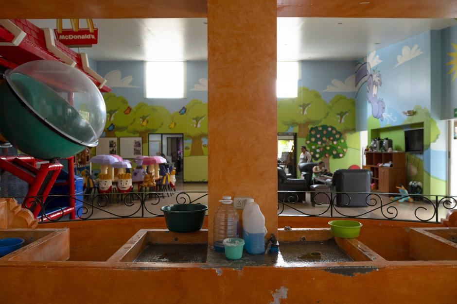Incluso una pila fue dispuesta en la casa Ronald McDonald para el uso de sus habitantes. (Foto: George Rojas/Soy502)
