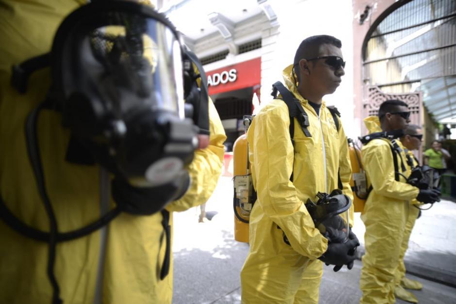 Especialistas para maniobrar químicos, la mayoría participa en la lucha contra el narcotráfico. (Foto: Wilder López/Soy502)