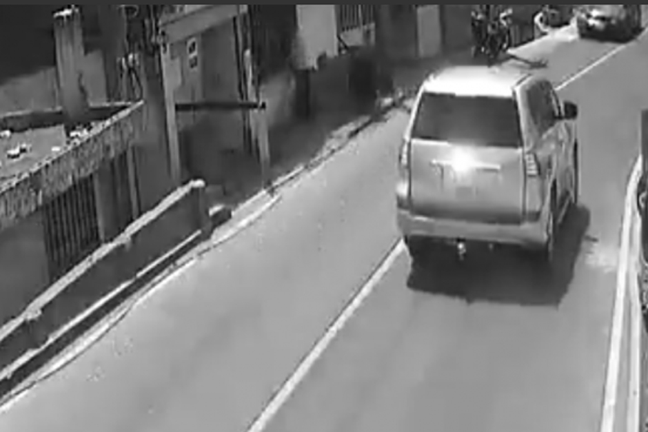 Un video capta el momento del accidente. El responsable se da a la fuga. (Foto: captura video)